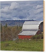 Red Barn With Tin Roof Wood Print