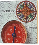 Red Compass And Rose Compass Wood Print