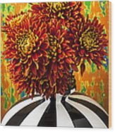 Red Mums In Striped Vase Wood Print by Garry Gay