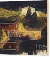 Reflections Golden Morning Wood Print by Barbara Griffin