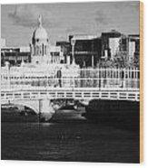 River Liffey Dublin City Center Wood Print