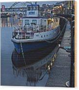 River Tyne Cruise Ship Wood Print