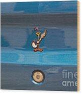 Road Runner Bird Emblem Wood Print