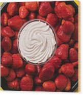 Round Tray Of Strawberries  Wood Print