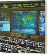 Russian Mission Control Center Wood Print by Nasa