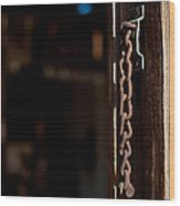 Rusted Chain Lock - Color Wood Print