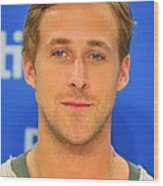 Ryan Gosling At The Press Conference Wood Print by Everett