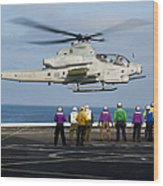 Sailors And Marines Watch An Ah-1z Wood Print