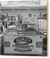 San Francisco - Stanley's Steamers Hot Dog Stand - 5d17929 - Black And White Wood Print