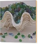 Sea Glass In Clam Shell - No 1 Wood Print