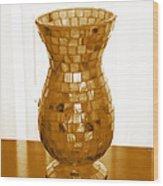 Shell Vase Wood Print