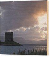 Skies Ablaze At Castle Stalker Wood Print