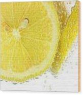 Sliced Lemon In Fizzy Water Wood Print