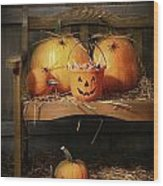 Small And Big Pumpkins On An Old Bench  Wood Print