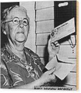 Social Security, 1940 Wood Print