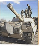 Soldiers Get Their Battletank Ready Wood Print