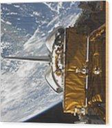 Space Shuttle Atlantis Payload Bay Wood Print