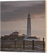 St Marys Lighthouse After Sunrise Wood Print
