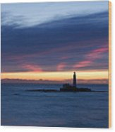 St Marys Lighthouse Sunrise Wood Print