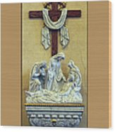 Station Of The Cross 13 Wood Print