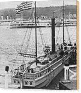Steamer In The Hudson River - New York - 1909 Wood Print