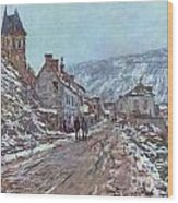 Street In Vetheuil In Winter Wood Print