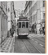 Streetcar Estrela Wood Print