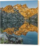 Sun Rises On Upper Sardine Lake Wood Print