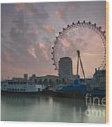 Sunrise London Eye Wood Print by Donald Davis