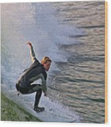 Surfin' The Wave Wood Print