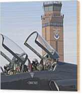 T-38 Talon Pilots Make Their Final Wood Print