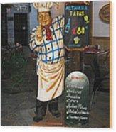 Tapas Man In Spain Wood Print