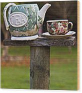 Teapot And Tea Cup On Old Post Wood Print by Garry Gay