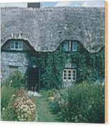 Thatched Roof, England Wood Print