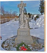 The Clinging Cross Wood Print