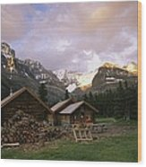 The Elizabeth Parker Hut, A Log Cabin Wood Print