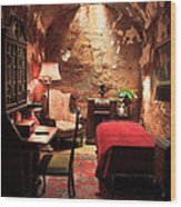 The Prison Cell Of Al Capone Wood Print