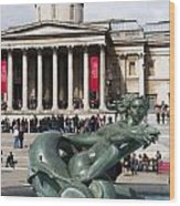 Trafalgar Square With Fountain Wood Print