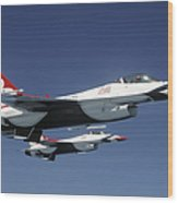 U.s. Air Force F-16 Thunderbirds Wood Print