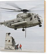 U.s. Sailors Assist A Ch-53d Sea Wood Print