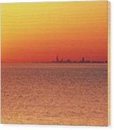 Usa,chicago,lake Michigan,orange Sunset,city Skyline In Distance Wood Print