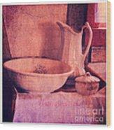 Vintage Pitcher And Wash Basin Wood Print