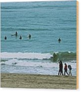Waiting Surfers Wood Print
