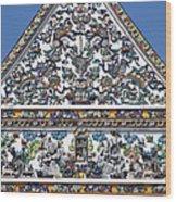Wat Ratcha Orasaram Ubosot Gable Detail Dthb428 Wood Print