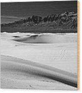 White In White Sands Wood Print