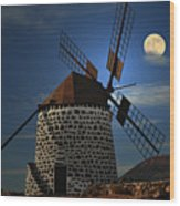 Windmill Against Sky Wood Print by Ernie Watchorn
