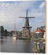 Windmill In The Nederlands Wood Print