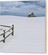 Winter Landscape Photograph With Prairie Farmhouse And Wooden Fence Wood Print
