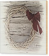 Woven Reed Wreath Wood Print by Linda Phelps
