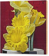 Yellow Daffodils In Checkered Vase Wood Print